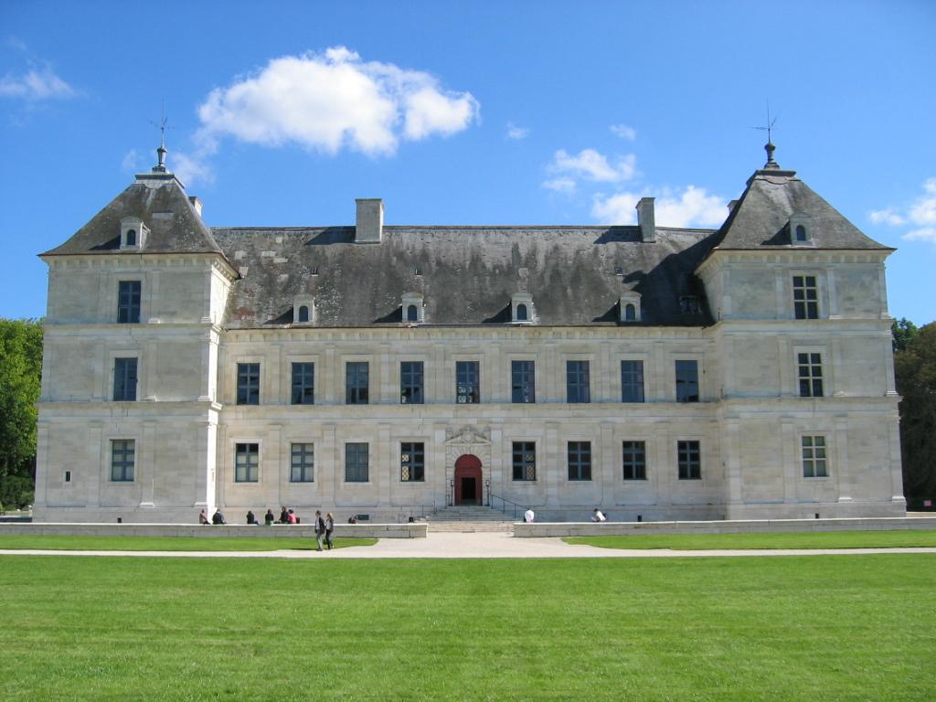 Château_d'Ancy-le-Franc_03