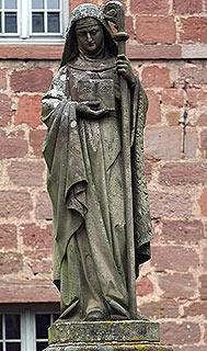 sainte-odile-statue